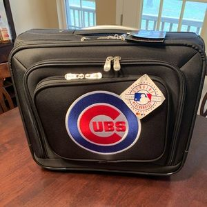 Denco MLB Chicago Cubs Rolling Overnight Case NWT